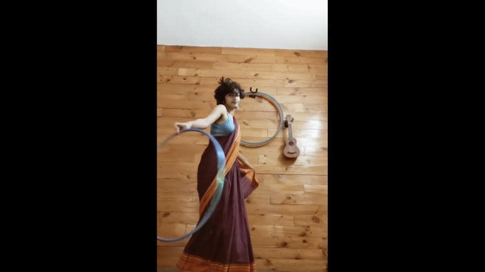 The image shows the dancer Eshna Kutty.