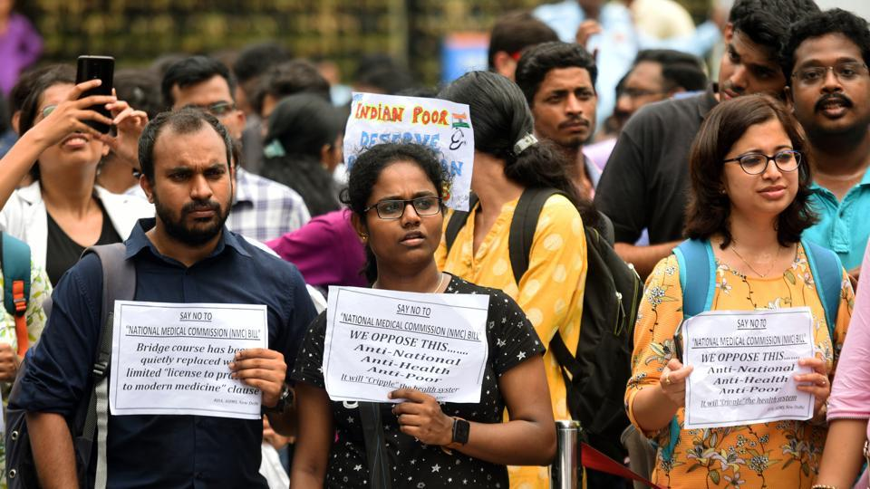 Doctors during a protest against the introduction of National Medical Commission (NMC) bill in Rajya Sabha, at All India Institute Of Medical Sciences (AIIMS) hospital, in New Delhi in August, 2019.