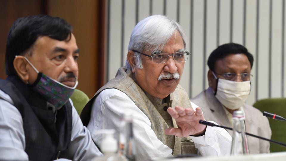 Chief Election Commissioner Sunil Arora with election commissioners Sushil Chandra (left) and Rajiv Kumar (right) announces the schedule for the Bihar assembly elections on Friday.