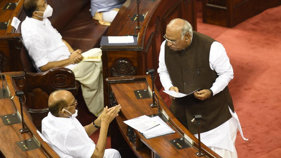 Senior Congress leader and former Union labour minister Mallikarjun Kharge told reporters that the government's claim that the laws will increase ease of doing business is false.
