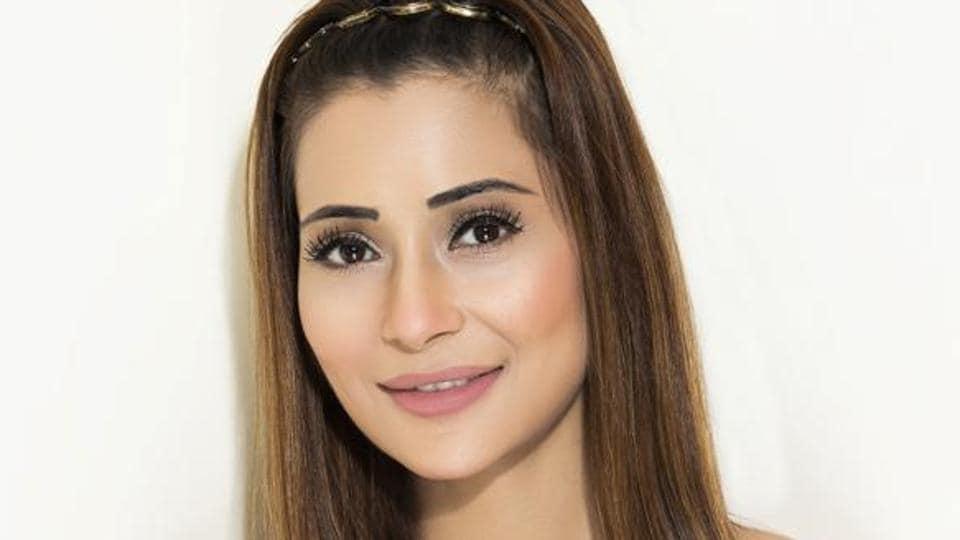 Actor Sara Khan will release her latest single Bham Bhole soon.