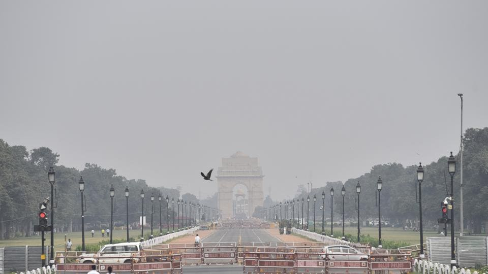 A mild haze seen along Rajpath, in New Delhi, India, on Thursday.