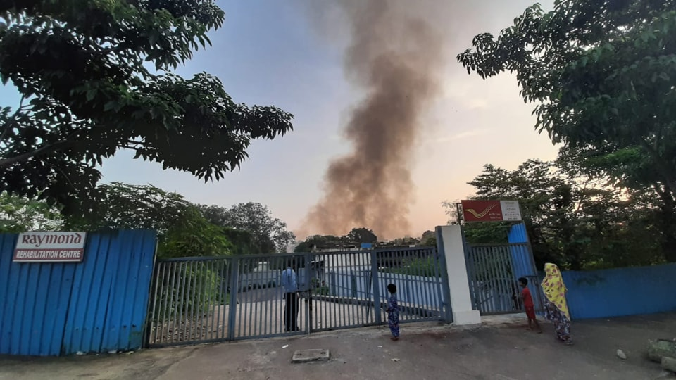 The incident took place at the office of Raymond company in Thane West.