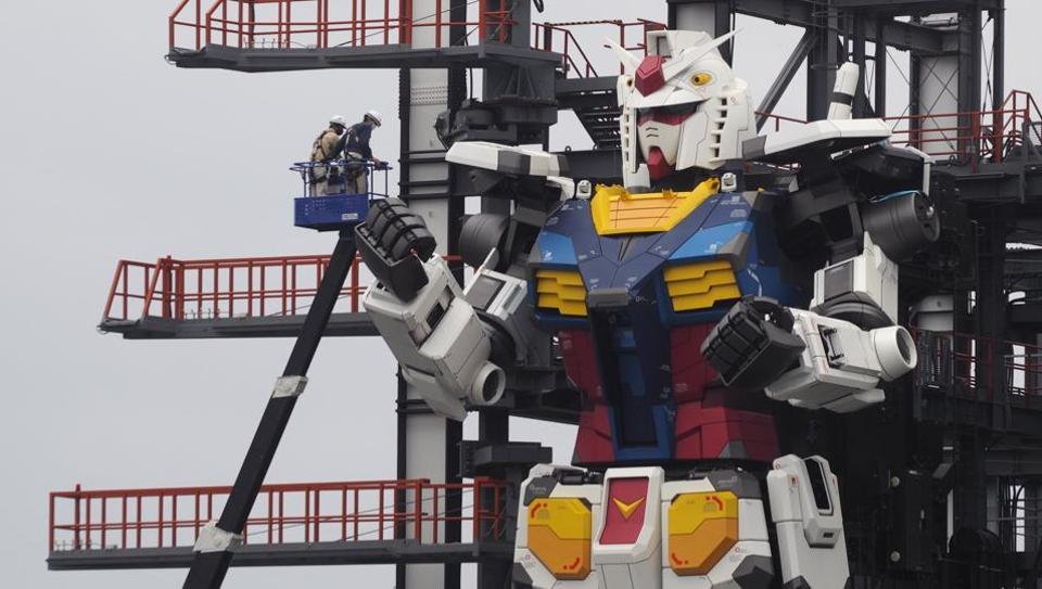 The robot is the centerpiece of the Gundam Factory Yokohama, a tourist attraction.