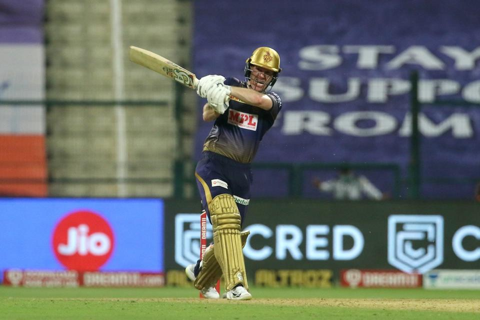 Picture of Eoin Morgan batting against SRH in IPL2020