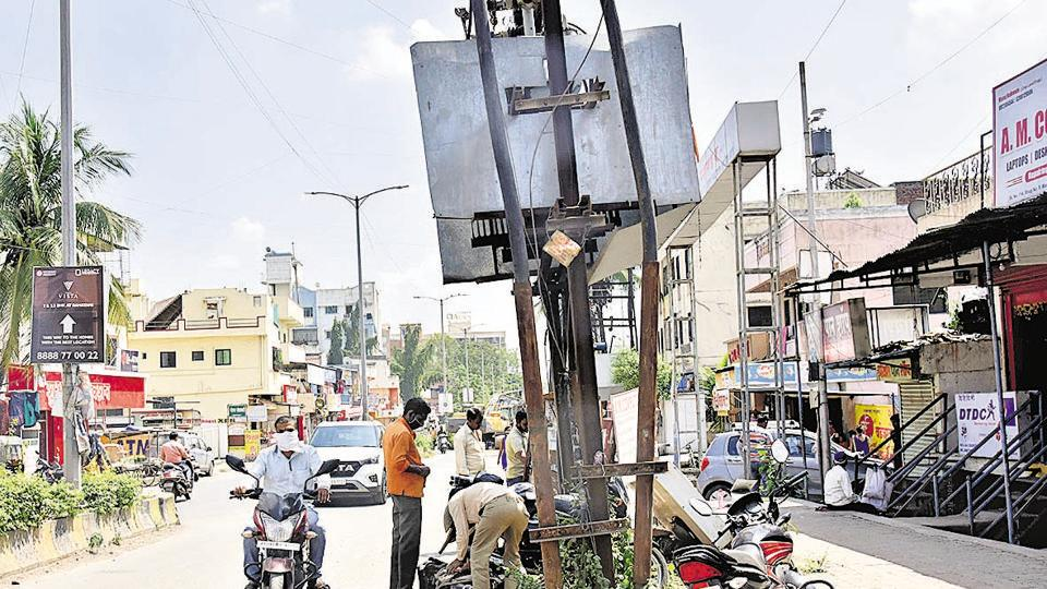 A transformer at Shri Nagar colony ,Rahatani Phata was covered with an iron box as a precautionary measure.
