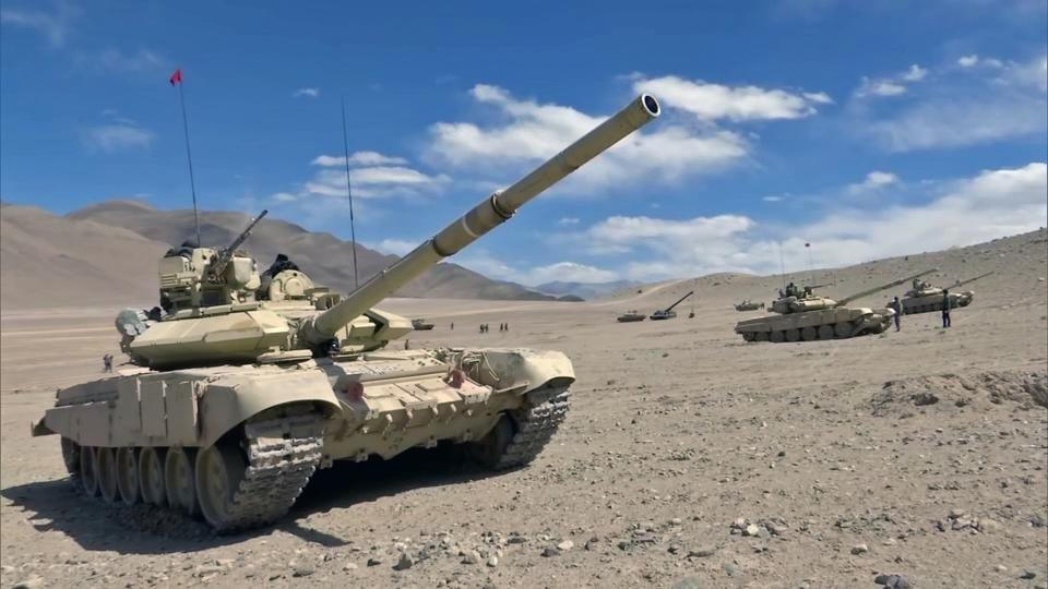 The Indian Army 's T-90 Bhishma tanks near the Line of Actual Control in the Chumar-Demchok area of eastern Ladakh.