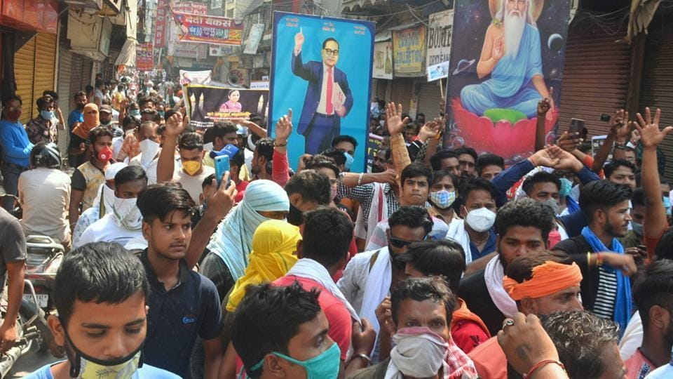 Members of the Valmiki community stage a protest against the death of a 19-year-old Dalit woman, Moradabad, October 1, 2020