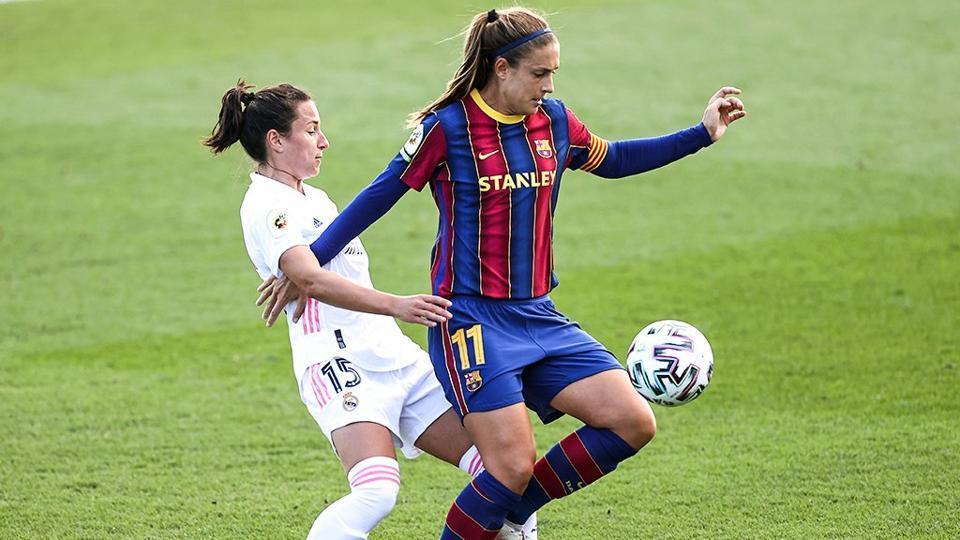Barcelona beat Real Madrid 4-0 in 1st women's clásico