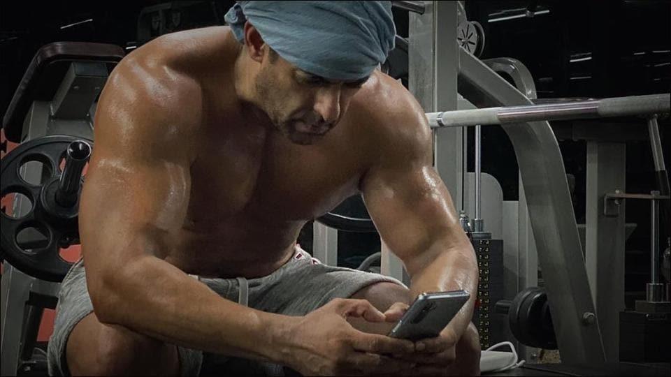 Salman Khan looks like 'Sultan' of bodybuilding in latest fitness video