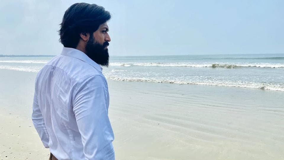 Yash plays character named Rocky in KGF: Chapter 2.