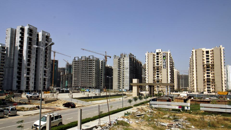 Residents alleged that the developer is delaying handing over maintenance work as they will have to pay around ₹20 crore Interest-Free Maintenance Security (IFMS) charges collected from the homebuyers.