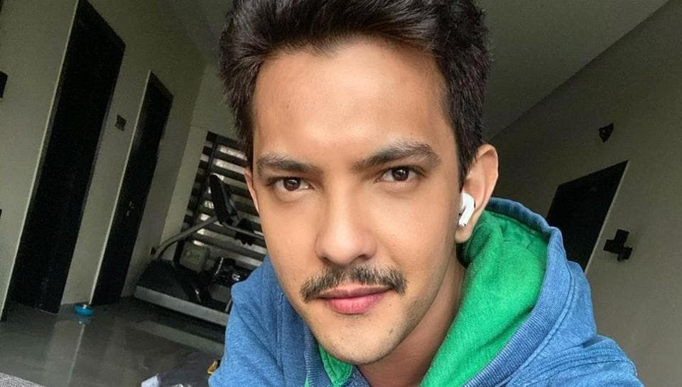 Aditya Narayan has said he only has Rs 18,000 in his bank account.