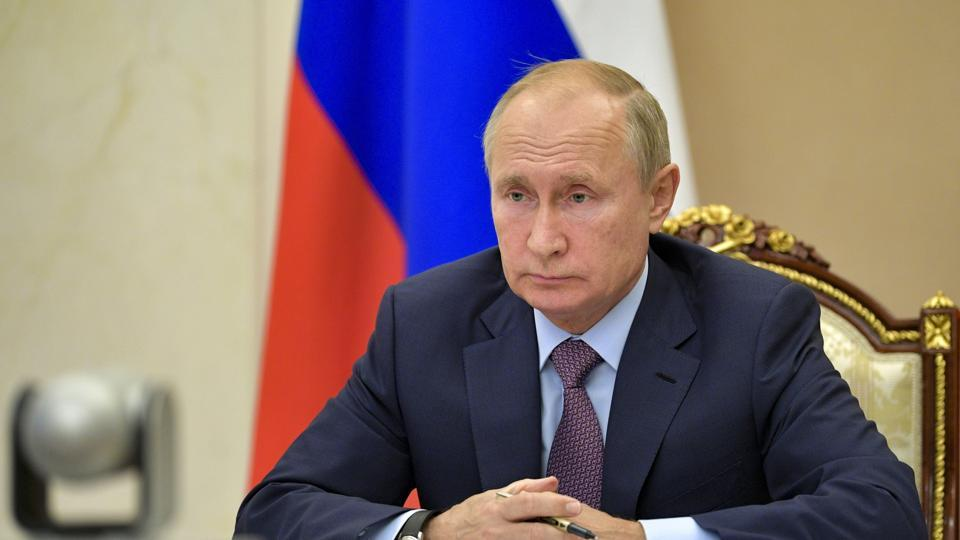 Vladimir Putin proposes yearlong extension of nuclear pact with US