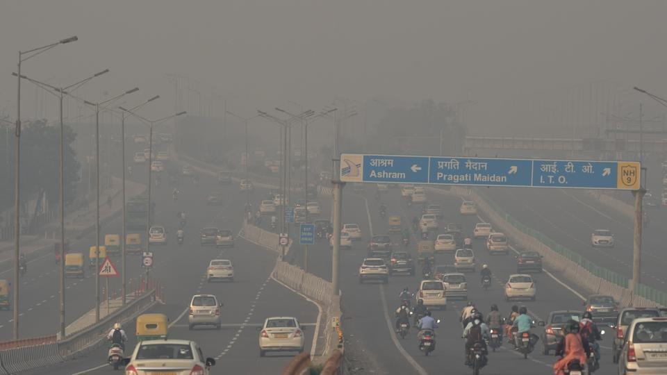 Delhi: Blame game erupts as bad air worsens - Hindustan Times