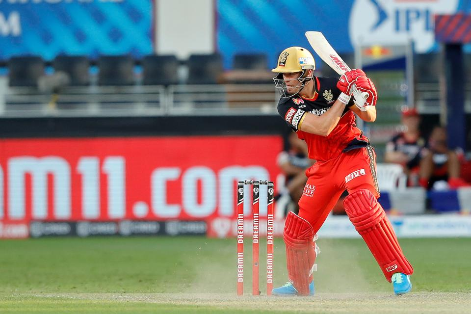 AB deVilliers hit a fifty.
