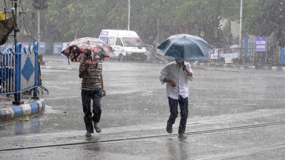 Light to moderate rains are expected till October over Kolkata and other parts of South Bengal till October 20.