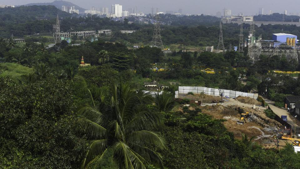 The land filling at the 33-hectare metro car shed site at Aarey Colony, recently shifted to Kanjurmarg,  had altered the natural course of the Mithi River, said a report.