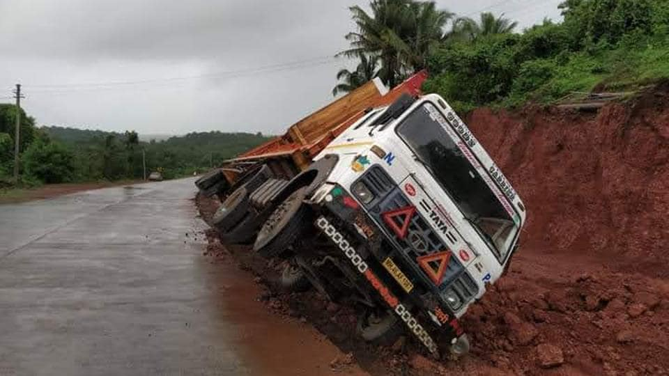 Crowd-sourced mobile app to flag Goa's potholes, road hazards