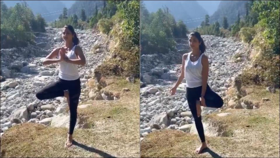 Shilpa Shetty Kundra performes Vrikshasana in fitness video from Manali
