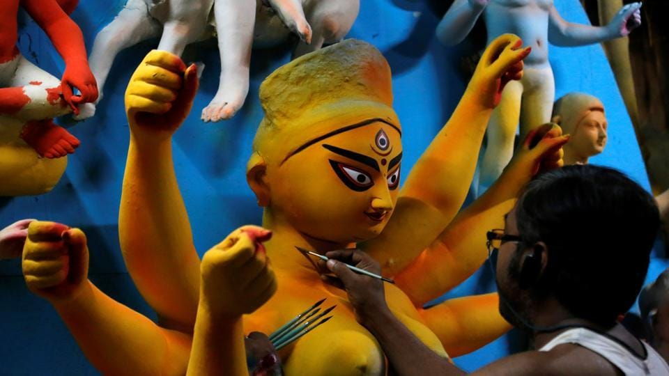 As Covid-19 cases surge in West Bengal, high court makes Durga Puja pandals no entry zones for visitors – kolkata