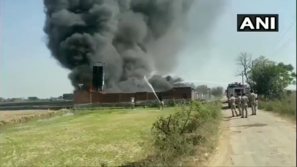 Fire fighters are trying to control the fire at a chemical factory in Meerut's Kharbanda area.
