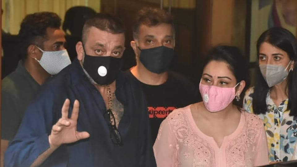 Sanjay Dutt with wife Maanayata at their residence before one of their hospital visits.