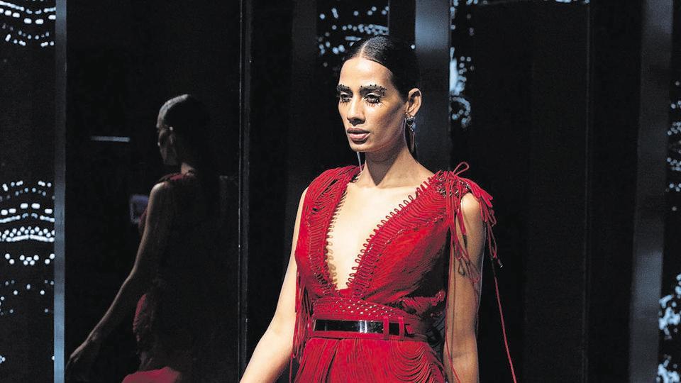 Model Sony Kaur  in designer duo Rohit Gandhi and Rahul Khanna creation.
