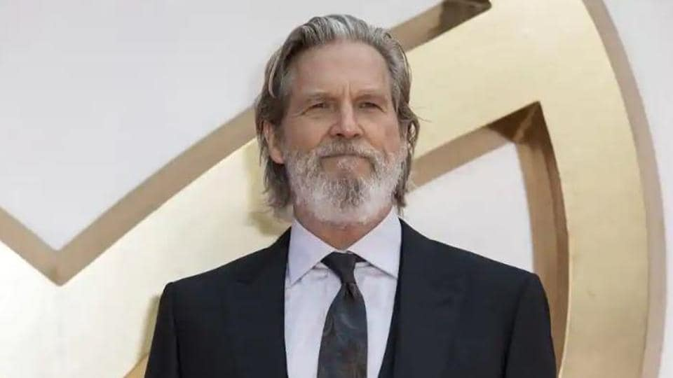 Jeff Bridges took to Twitter to inform his fans about his illness.