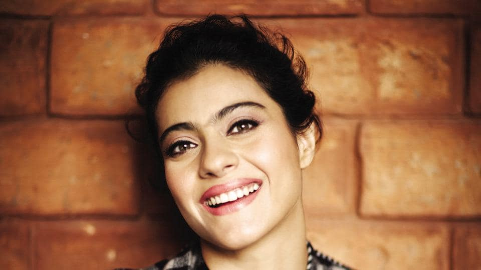 Kajol played the character of Simran in Dilwale Dulhania le Jayenge.