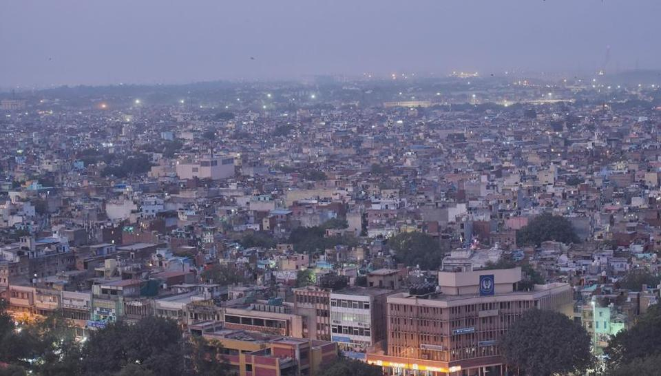 A bird-eye view of old Delhi during the smoggy evening as the pollution level increases, on Wednesday.
