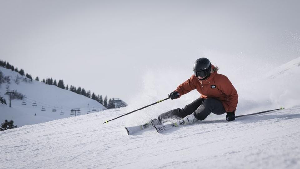Coronavirus pandemic: Germany warns against travel to ski regions in Austria, Switzerland, Italy