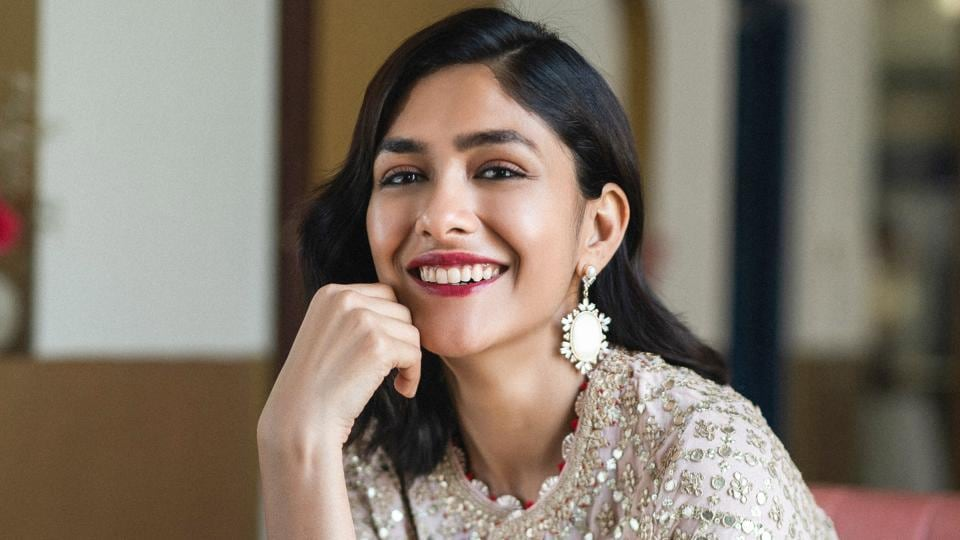 Actor Mrunal Thakur has her hands full with her upcoming Bollywood projects such as Jersey, Toofan, Aankh Micholi and Hindi remake of Tamil film Thadam.