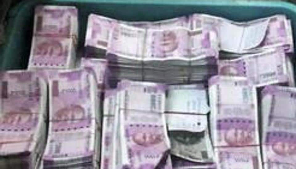 Centre transfers Rs 6,000 crore to 16 states, 2 UTs
