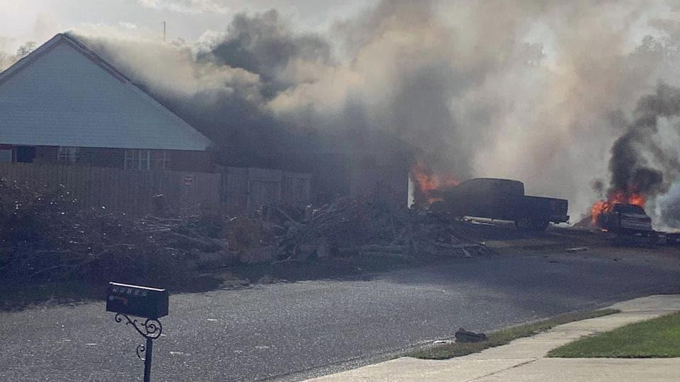 A US Navy training plane crashed in an Alabama residential neighbourhood near the Gulf Coast on Friday.