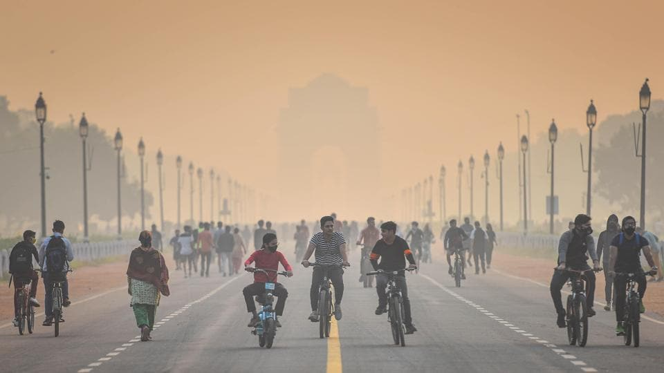On Sunday, Delhi's air quality plunged to 'severe' in at least three areas and remained in the 'very poor' zone for most other parts. On Saturday, the city's overall AQI reading was 345.