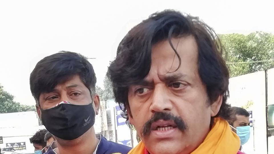 BJP MP and actor Ravi Kishan talks to media at Patna airport on Monday.
