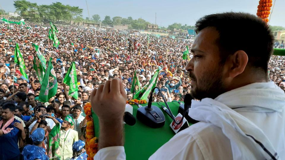 The RJD shifts from an antagonistic discourse to 'Sarvjan' politics