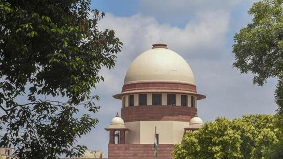 In May, the Supreme Court secretary general Sanjeev S Kalgaonkar issued a notification allowing lawyers to shun their long robes and coats while appearing before the court through videoconferencing.