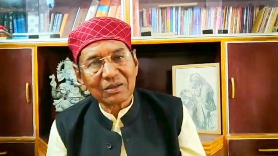 """The Uttarakhand high court in a recent order cited two songs of the  state's famous folk singer Narendra Singh Negi (in pic), saying they  reflect """"as if corruption is a way of life""""."""