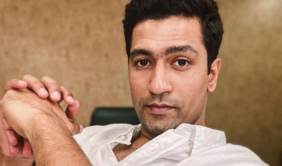 Vicky Kaushal is seen taking a selfie with a fan in a new video.