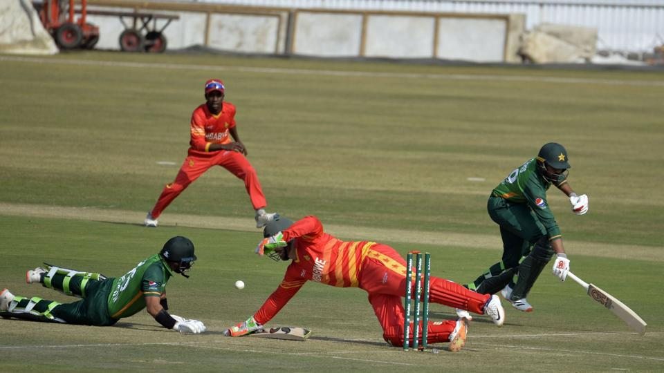 Haris Sohail and Imam Ul Haq were involved in an awful mix up.