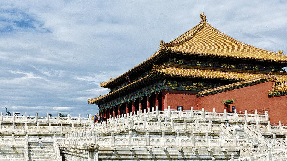 Taihe Dian is one of the biggest draws for visitors to the imperial complex.