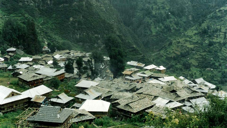 Malana panchayat comprises two villages Saura behad and Dhara Behad and has a total population of 2,000 in 475 households.
