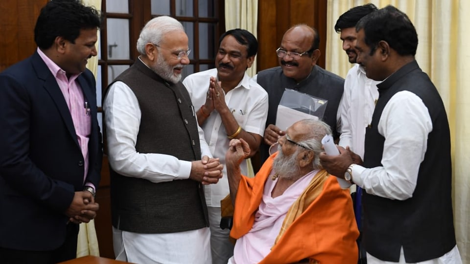 Prime Minister Modi took to Twitter to express his condolences, saying that the saint had worked tirelessly to alleviate poverty and human suffering.