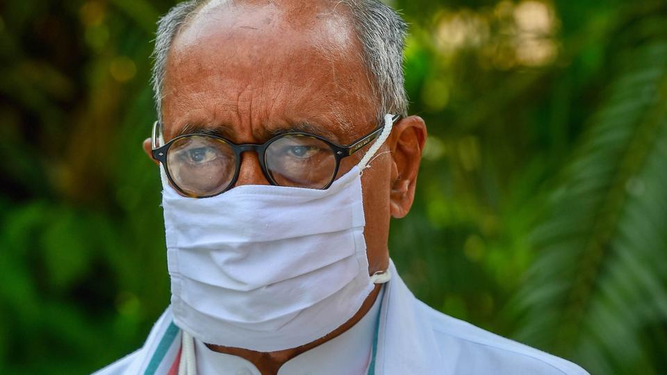 Digvijaya Singh said this in response to the statement of chief minister Shivraj Singh Chouhan who had stated that the stains on Kamal Nath will not be washed by washing powder