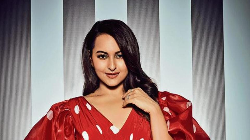 Sonakshi Sinha: I don't enjoy being the centre of attention, which makes me feel like sort of a misfit in films