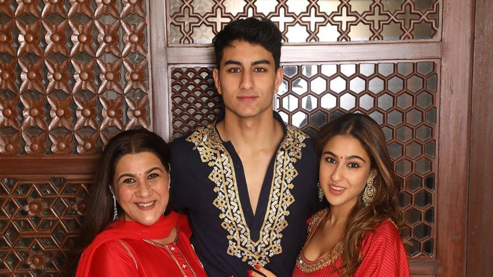 Sara Ali Khan (right) with brother Ibrahim Ali Khan and mother Amrita Singh.