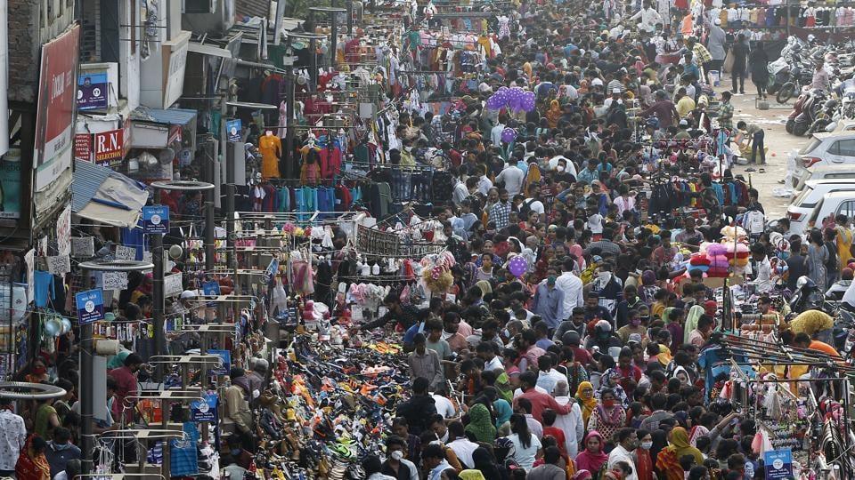Night curfew in Rajkot, Surat, Vadodara from tomorrow - Hindustan Times
