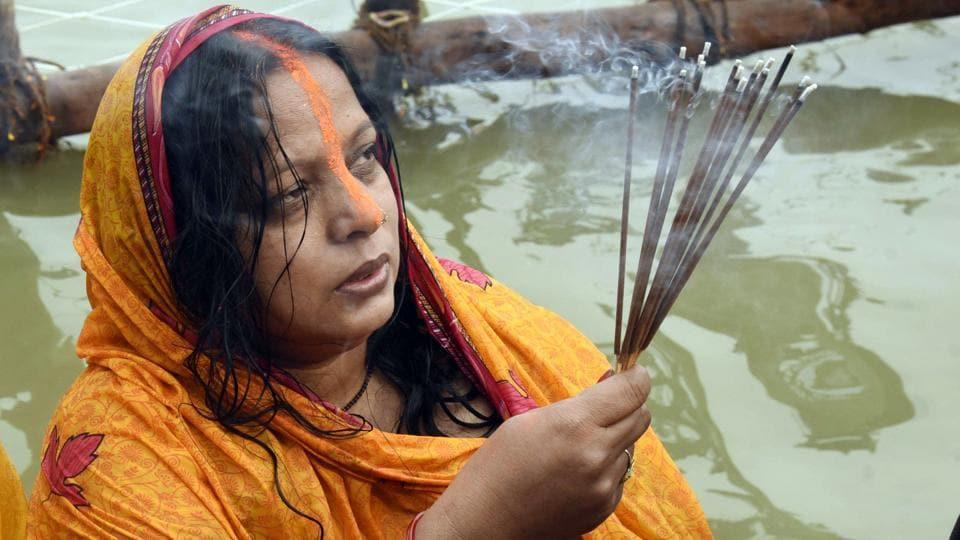 The SC has banned Chhath puja at the Rabindra Sarobar Lake in south Kolkata.